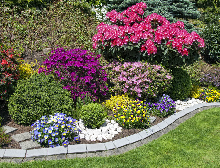 Flower Garden - Landscape Company St. Louis, MO – Lawn Systems, Inc.